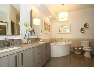 """Photo 10: 106 22327 RIVER Road in Maple Ridge: East Central Condo for sale in """"REFLECTIONS ON THE RIVER"""" : MLS®# V1133989"""