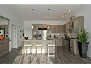 "Photo 5: 106 22327 RIVER Road in Maple Ridge: East Central Condo for sale in ""REFLECTIONS ON THE RIVER"" : MLS®# V1133989"