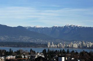 Photo 1: 3950 W 11TH Avenue in Vancouver: Point Grey House for sale (Vancouver West)  : MLS®# R2032690