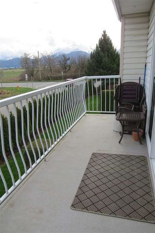 "Photo 4: 30 46350 CESSNA Drive in Chilliwack: Chilliwack E Young-Yale Townhouse for sale in ""HAMLEY ESTATES"" : MLS®# R2037877"