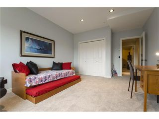 Photo 33: 55 STRATHRIDGE Gardens SW in Calgary: Strathcona Park House for sale : MLS®# C4063885