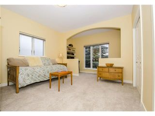 Photo 22: 55 STRATHRIDGE Gardens SW in Calgary: Strathcona Park House for sale : MLS®# C4063885
