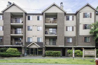 """Photo 1: 128 8500 ACKROYD Road in Richmond: Brighouse Condo for sale in """"WESTHAMPTON COURT"""" : MLS®# R2079873"""