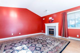 "Photo 3: 304 33675 MARSHALL Road in Abbotsford: Central Abbotsford Condo for sale in ""HUNTINGTON"" : MLS®# R2081354"