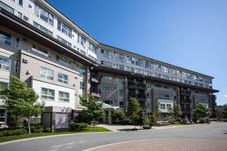 "Photo 1: 601 1212 MAIN Street in Squamish: Downtown SQ Condo for sale in ""Aqua"" : MLS®# R2096454"