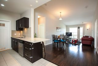 "Photo 5: 601 1212 MAIN Street in Squamish: Downtown SQ Condo for sale in ""Aqua"" : MLS®# R2096454"