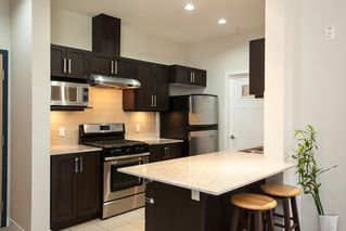 "Photo 4: 601 1212 MAIN Street in Squamish: Downtown SQ Condo for sale in ""Aqua"" : MLS®# R2096454"