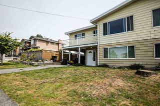 Photo 2: 7590 DAVIES Street in Burnaby: Edmonds BE House 1/2 Duplex for sale (Burnaby East)  : MLS®# R2107790
