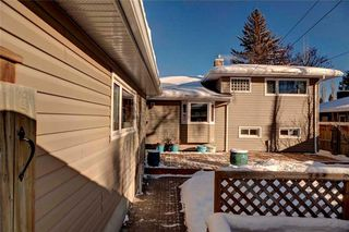 Photo 32: 79 WOODLARK Drive SW in Calgary: Wildwood House for sale : MLS®# C4093844