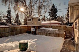 Photo 30: 79 WOODLARK Drive SW in Calgary: Wildwood House for sale : MLS®# C4093844