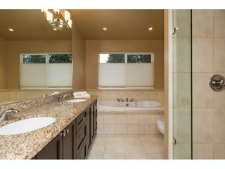 Photo 11: 5627 CLARK Drive in Delta: Sunshine Hills Woods House for sale (N. Delta)  : MLS®# R2141551
