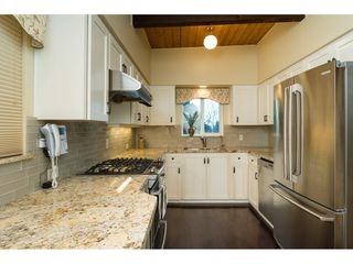Photo 5: 5627 CLARK Drive in Delta: Sunshine Hills Woods House for sale (N. Delta)  : MLS®# R2141551