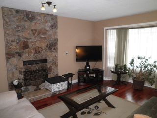 Photo 3: 12061 234 Street in Maple Ridge: East Central House for sale : MLS®# R2143314