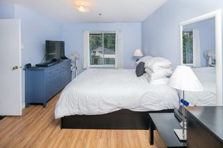 """Photo 10: 313 2130 MCKENZIE Road in Abbotsford: Central Abbotsford Condo for sale in """"Mckenzie Place"""" : MLS®# R2152833"""