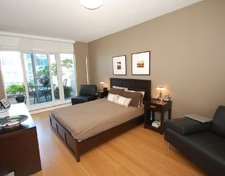 Photo 5: TH1 1233 CORDOVA Street in Vancouver: Home for sale : MLS®# V721761