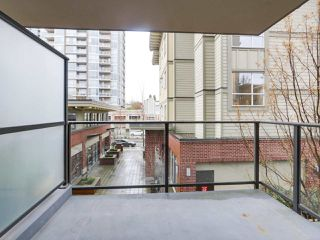 "Photo 15: 205 2959 GLEN Drive in Coquitlam: North Coquitlam Condo for sale in ""THE PARC"" : MLS®# R2155807"