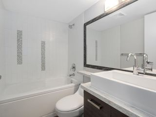 "Photo 14: 205 2959 GLEN Drive in Coquitlam: North Coquitlam Condo for sale in ""THE PARC"" : MLS®# R2155807"