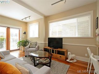 Photo 3: 3 80 Moss St in VICTORIA: Vi Fairfield West Row/Townhouse for sale (Victoria)  : MLS®# 756062