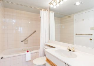 """Photo 11: 2005 6055 NELSON Avenue in Burnaby: Forest Glen BS Condo for sale in """"La Mirage II"""" (Burnaby South)  : MLS®# R2168192"""