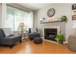 """Photo 4: 22 18883 65 Avenue in Surrey: Cloverdale BC Townhouse for sale in """"APPLEWOOD"""" (Cloverdale)  : MLS®# R2170733"""