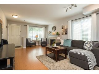 """Photo 3: 22 18883 65 Avenue in Surrey: Cloverdale BC Townhouse for sale in """"APPLEWOOD"""" (Cloverdale)  : MLS®# R2170733"""