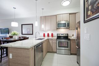"""Photo 3: 213 7377 14TH Avenue in Burnaby: Edmonds BE Condo for sale in """"VIBE"""" (Burnaby East)  : MLS®# R2180199"""
