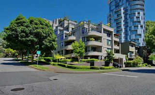 "Photo 1: 501 1330 JERVIS Street in Vancouver: West End VW Condo for sale in ""1330 JERVIS"" (Vancouver West)  : MLS®# R2182354"