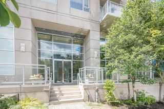 "Photo 2: 403 2483 SPRUCE Street in Vancouver: Fairview VW Condo for sale in ""SKYLINE"" (Vancouver West)  : MLS®# R2189151"