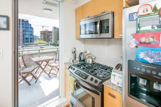 "Photo 5: 403 2483 SPRUCE Street in Vancouver: Fairview VW Condo for sale in ""SKYLINE"" (Vancouver West)  : MLS®# R2189151"