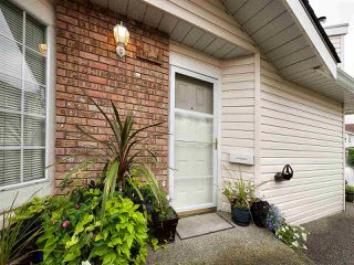 """Photo 19: 13 9168 FLEETWOOD Way in Surrey: Fleetwood Tynehead Townhouse for sale in """"THE FOUNTAINS 2"""" : MLS®# R2194406"""