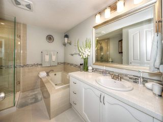 """Photo 10: 13 9168 FLEETWOOD Way in Surrey: Fleetwood Tynehead Townhouse for sale in """"THE FOUNTAINS 2"""" : MLS®# R2194406"""
