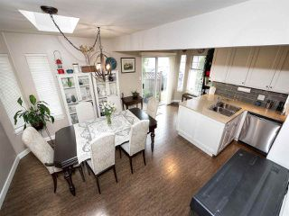 """Photo 14: 13 9168 FLEETWOOD Way in Surrey: Fleetwood Tynehead Townhouse for sale in """"THE FOUNTAINS 2"""" : MLS®# R2194406"""