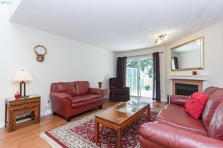 Photo 4: 14 3049 Brittany Dr in VICTORIA: Co Colwood Corners Row/Townhouse for sale (Colwood)  : MLS®# 768555