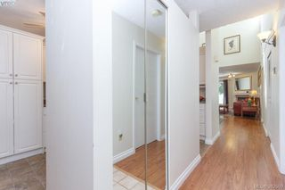 Photo 3: 14 3049 Brittany Drive in VICTORIA: Co Colwood Corners Townhouse for sale (Colwood)  : MLS®# 382509