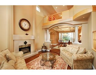 """Photo 3: 1715 SUGARPINE Court in Coquitlam: Westwood Plateau House for sale in """"WESTWOOD PLATEAU"""" : MLS®# R2206974"""