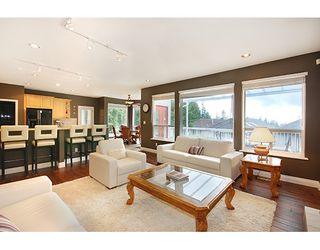 """Photo 9: 1715 SUGARPINE Court in Coquitlam: Westwood Plateau House for sale in """"WESTWOOD PLATEAU"""" : MLS®# R2206974"""