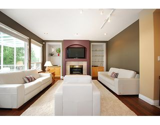 """Photo 8: 1715 SUGARPINE Court in Coquitlam: Westwood Plateau House for sale in """"WESTWOOD PLATEAU"""" : MLS®# R2206974"""