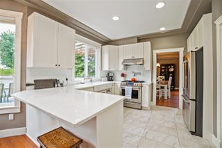 "Photo 8: 31783 ISRAEL Avenue in Mission: Mission BC House for sale in ""Golf Course/Sports Park"" : MLS®# R2207994"