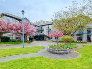 Photo 18: 204 1485 Garnet Road in VICTORIA: SE Cedar Hill Condo Apartment for sale (Saanich East)  : MLS®# 383676