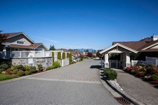 "Photo 1: 63 20751 87 Avenue in Langley: Walnut Grove Townhouse for sale in ""Summerfield"" : MLS®# R2211138"