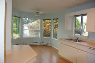 Photo 6: 212 16031 82 AVENUE in Surrey: Fleetwood Tynehead Townhouse for sale : MLS®# R2197263