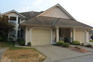 Photo 1: 212 16031 82 AVENUE in Surrey: Fleetwood Tynehead Townhouse for sale : MLS®# R2197263