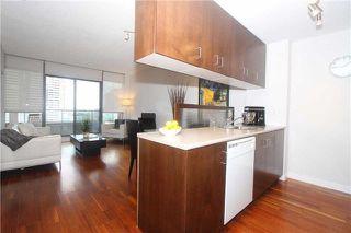 Photo 6: 285 Mutual St Unit #1305 in Toronto: Church-Yonge Corridor Condo for sale (Toronto C08)  : MLS®# C3977337