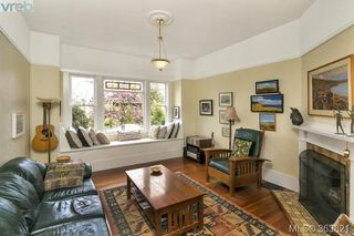 Photo 2: 1127 Chapman Street in VICTORIA: Vi Fairfield West Single Family Detached for sale (Victoria)  : MLS®# 363821