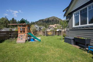 "Photo 19: 1007 BALSAM Place in Squamish: Valleycliffe House for sale in ""RAVENS PLATEAU"" : MLS®# R2232949"
