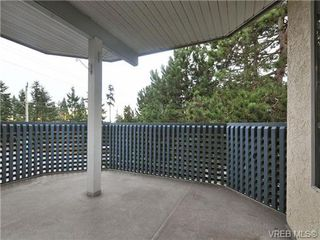 Photo 2: 301 2900 Orillia Street in VICTORIA: SW Gorge Residential for sale (Saanich West)  : MLS®# 344989
