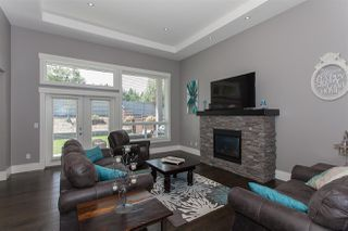 Photo 2: 2731 BRISTOL DRIVE in Abbotsford: Abbotsford East House for sale : MLS®# R2192510