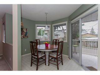 "Photo 9: 406 13900 HYLAND Road in Surrey: East Newton Townhouse for sale in ""Hyland Grove"" : MLS®# R2240746"
