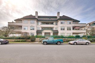 "Photo 1: 106 1618 GRANT Avenue in Port Coquitlam: Glenwood PQ Condo for sale in ""WEDGEWOOD MANOR"" : MLS®# R2249701"