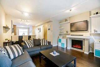"""Photo 5: 16 6123 138 Street in Surrey: Sullivan Station Townhouse for sale in """"PANORAMA WOODS"""" : MLS®# R2250641"""